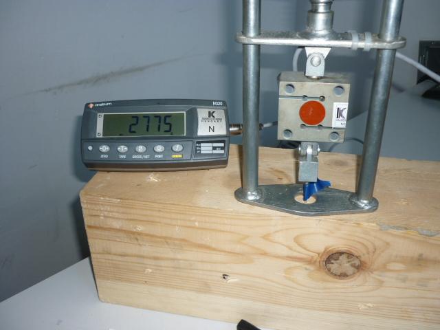 Estimación de la densidad mediante arranque de tornillos